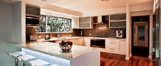 How to Select Kitchen Benchtops & Cabinets for Your Kitchen